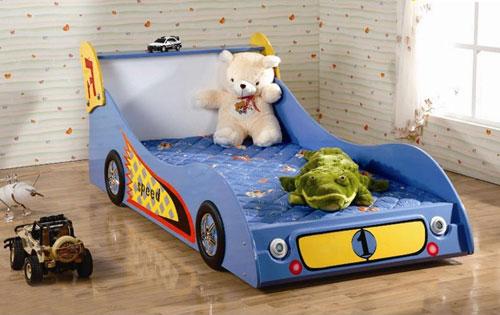 giường ô tô ngộ nghĩnh